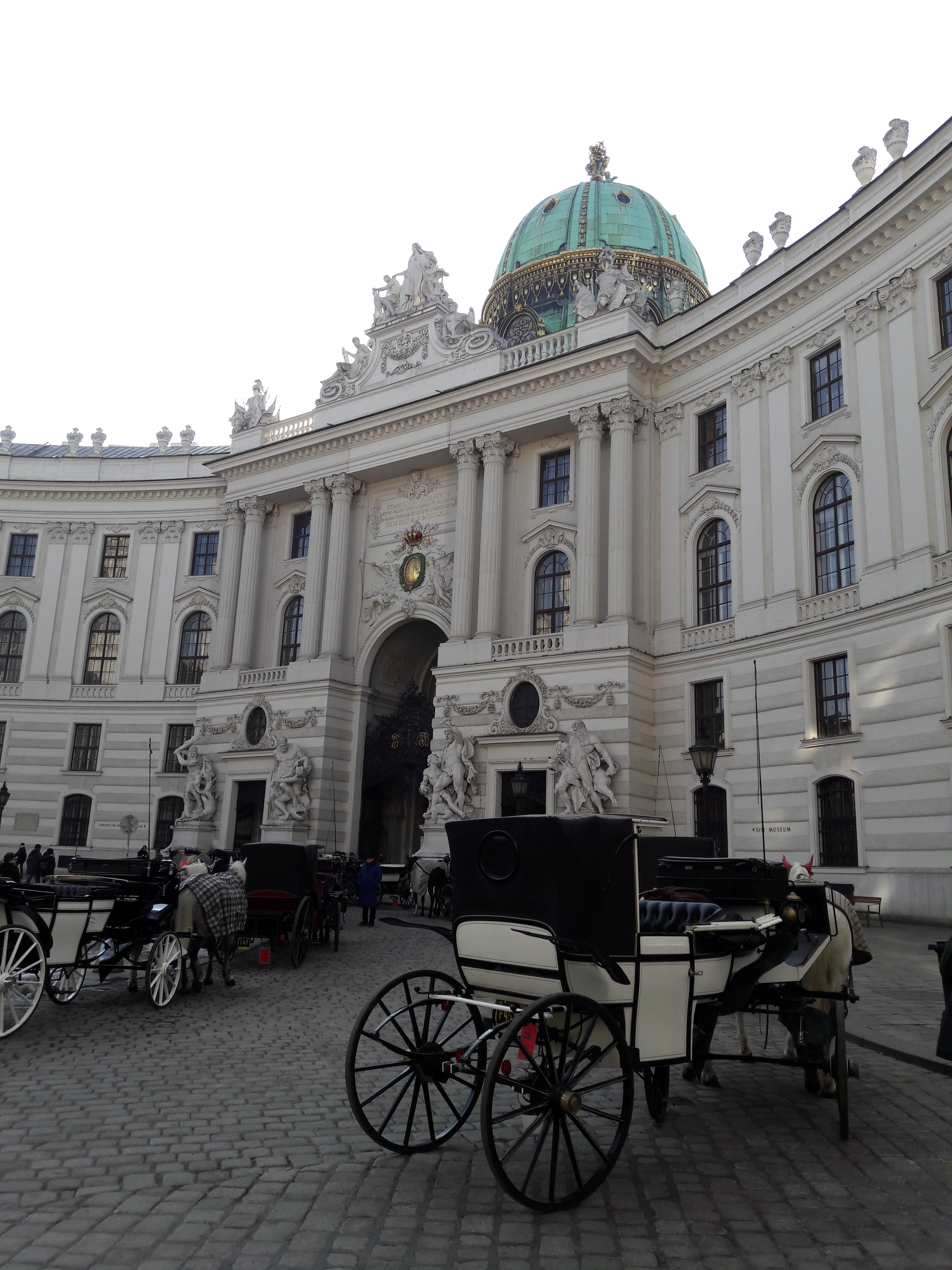 Hofburg1.jpg