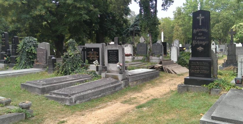 GuentherZ_2013-08-09_0013_Wien11_Zentralfriedhof_fingierteGrabstaette_HarryLime-2.jpg