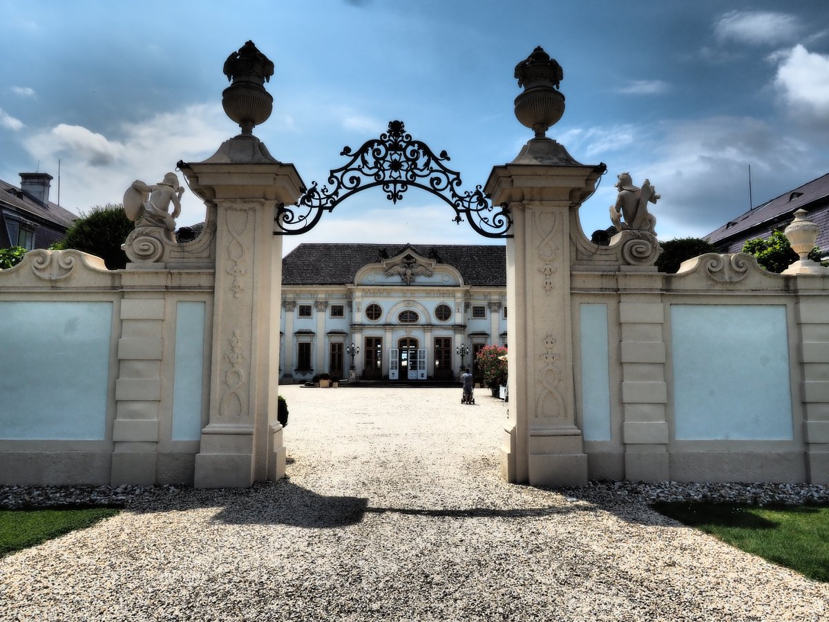 Schlösser und Burgen - カバー