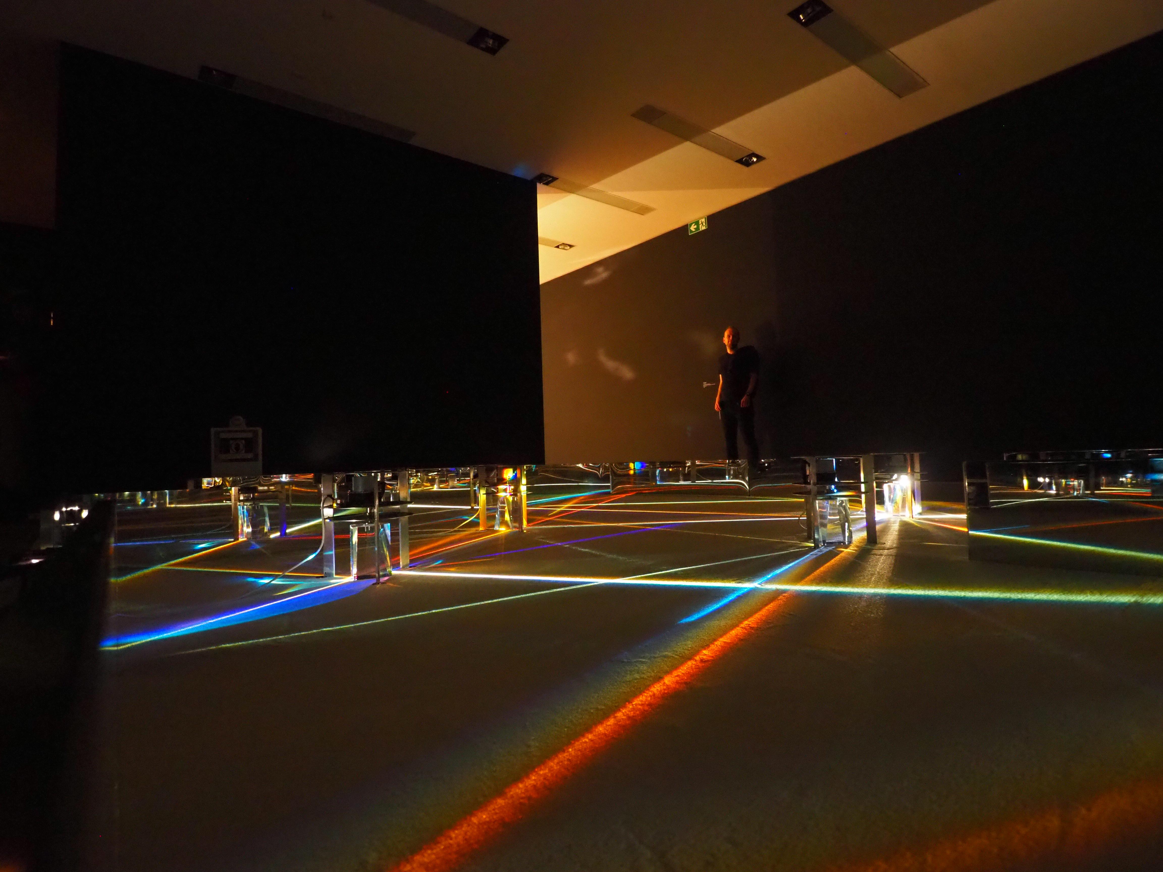 """Vertigo"": Op Art – Die Kunst der optischen Täuschung im Mumok Wien"